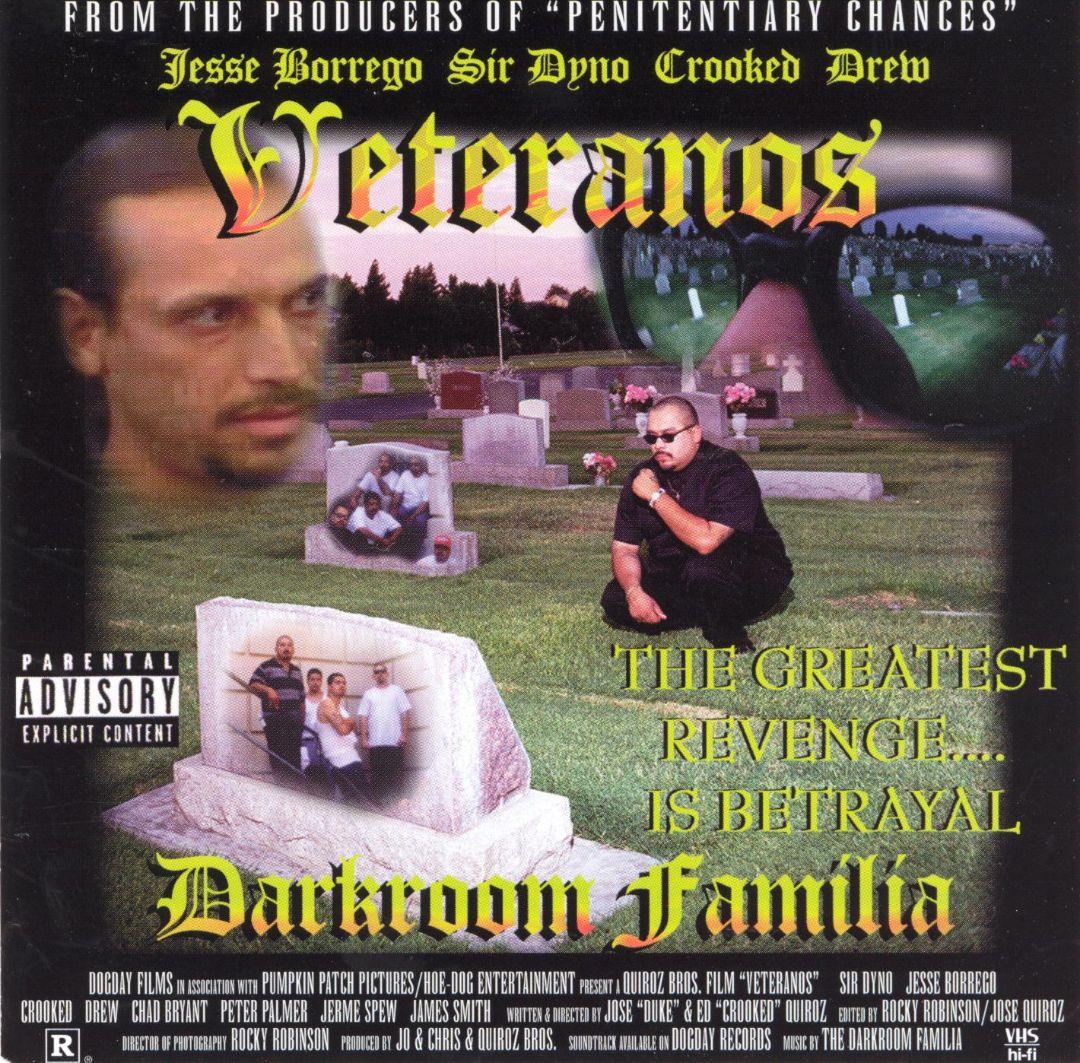 Darkroom Familia Veteranos Front